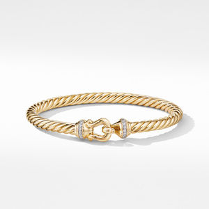 Buckle Bracelet in 18K Yellow Gold with Diamonds alternative image