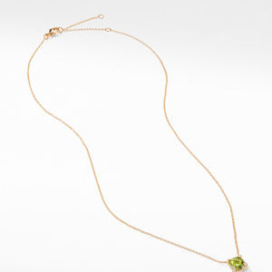 Pendant Necklace with Peridot and Diamonds in 18K Gold alternative image