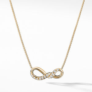 Continuance® Small Pendant Necklace with Diamonds in 18K Gold