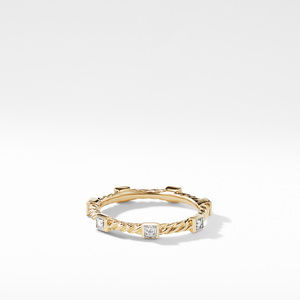 Ring with Diamonds in 18K Gold