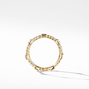 Ring with Diamonds in 18K Gold alternative image