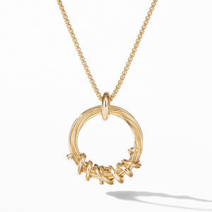 Helena Round Pendant Necklace in 18K Yellow Gold with Diamonds alternative image