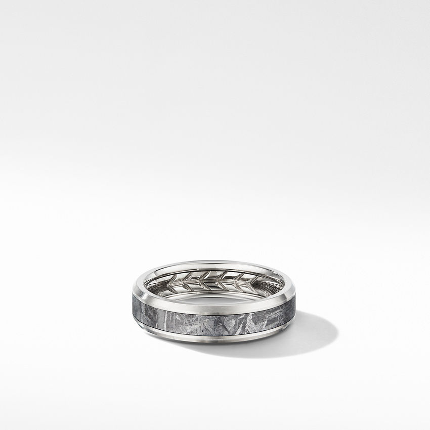 Beveled Band Ring in Grey Titanium with Meteorite