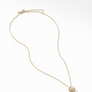 Starbust Pendant Necklace in 18K Yellow Gold with Pavé Diamonds alternative image