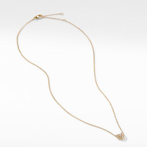 Heart Pendant Necklace in 18K Yellow Gold with Pavé Diamonds alternative image