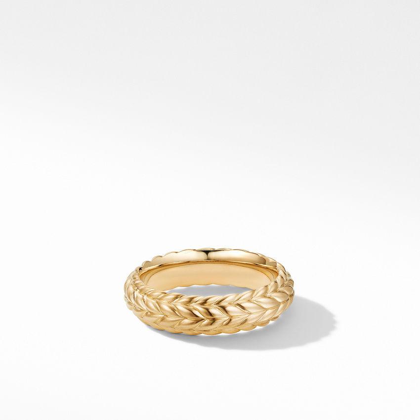 Chevron Band Ring in 18K Yellow Gold