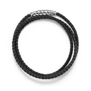 Chevron Triple-Wrap Bracelet in Black alternative image